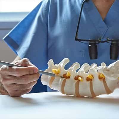 pathologies rachis dorsal radio rachis lombaire radio rachis cervical chirurgien du dos chirurgien du rachis dr antoine roul clinique du dos paris clinique rachis paris clinique drouot paris